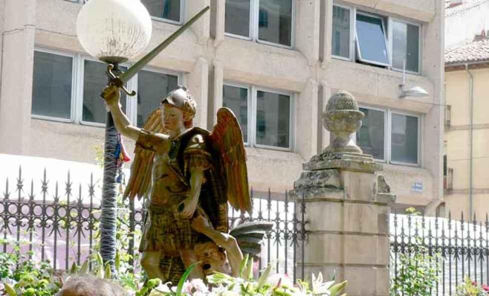 El PP propone exponer réplicas de santos de cuadrilla