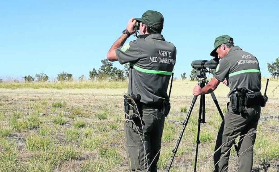 CSIF reclama cumplir calidad en prendas de agentes forestales