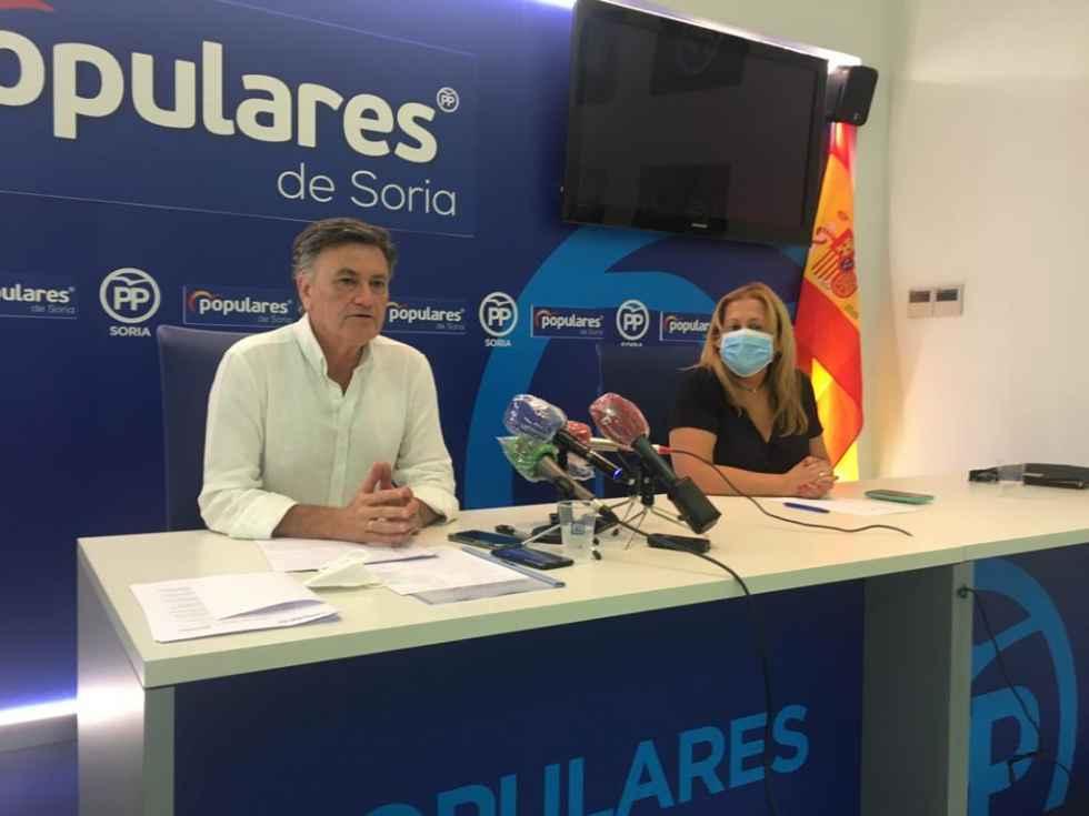 """Vázquez: """"los consultorios locales no se van a cerrar"""""""