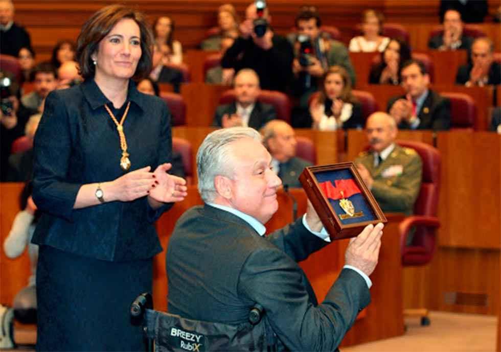 Distinción honorífica para Juan José Aliste