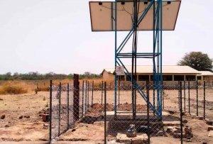 La Fundación Pedro Navalpotro construye pozo de agua en Gambia