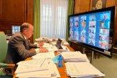 Declaración institucional para unir fuerzas contra crisis