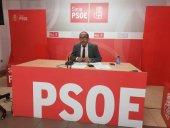 El PSOE ve más sombras que luces en primer año de Serrano