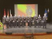 Diez policías juran cumplir las obligaciones del cargo