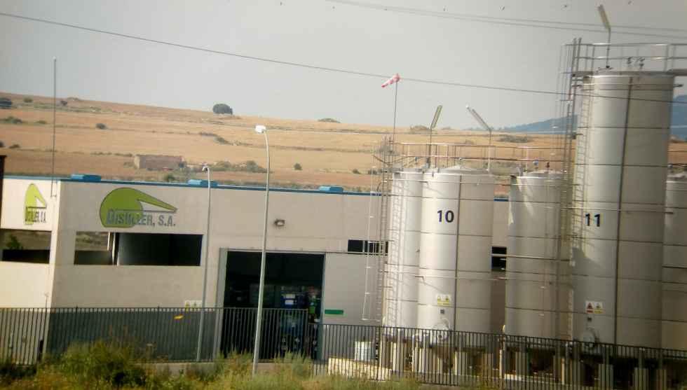 La Fiscalía investiga la contaminación tóxica producida por Distiller