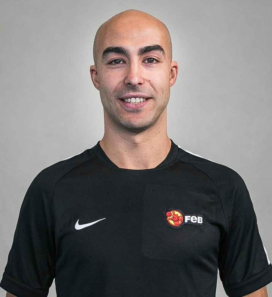 Alejandro Calvo, árbitro disponible en Grupo 1 FEB