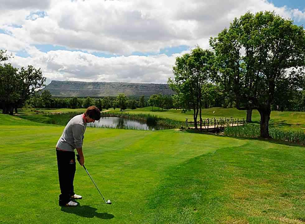 La asamblea del Club de Golf Soria, en segunda convocatoria