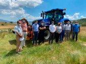 Diputación enseña las posibilidades de nuevo tractor