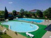 Concentración popular para reclamar apertura de piscinas