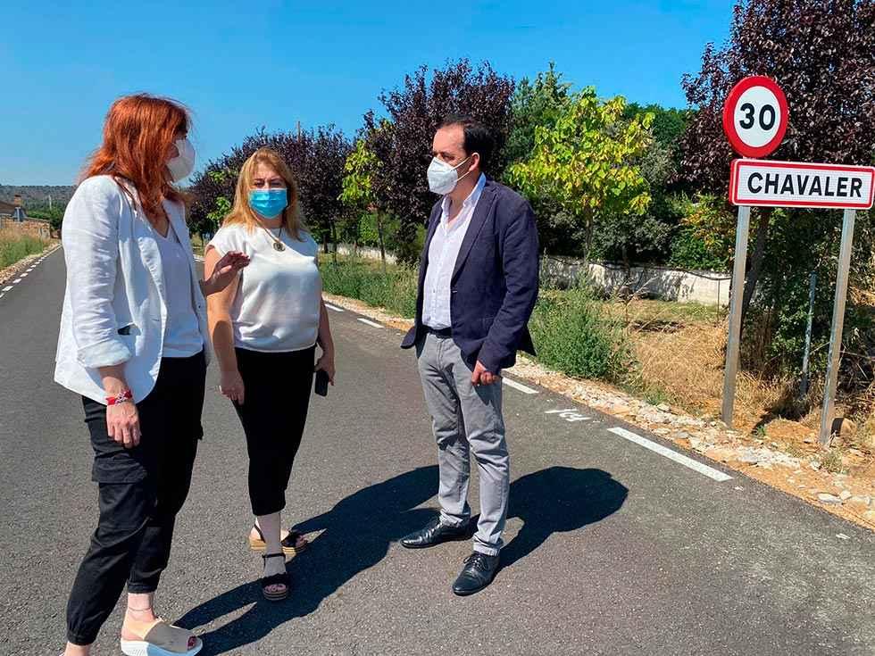 Terminada la mejora de carretera de acceso a Chavaler