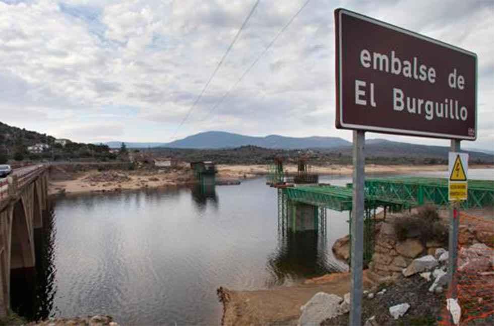 Fallece ahogada una menor en el pantano del Burguillo