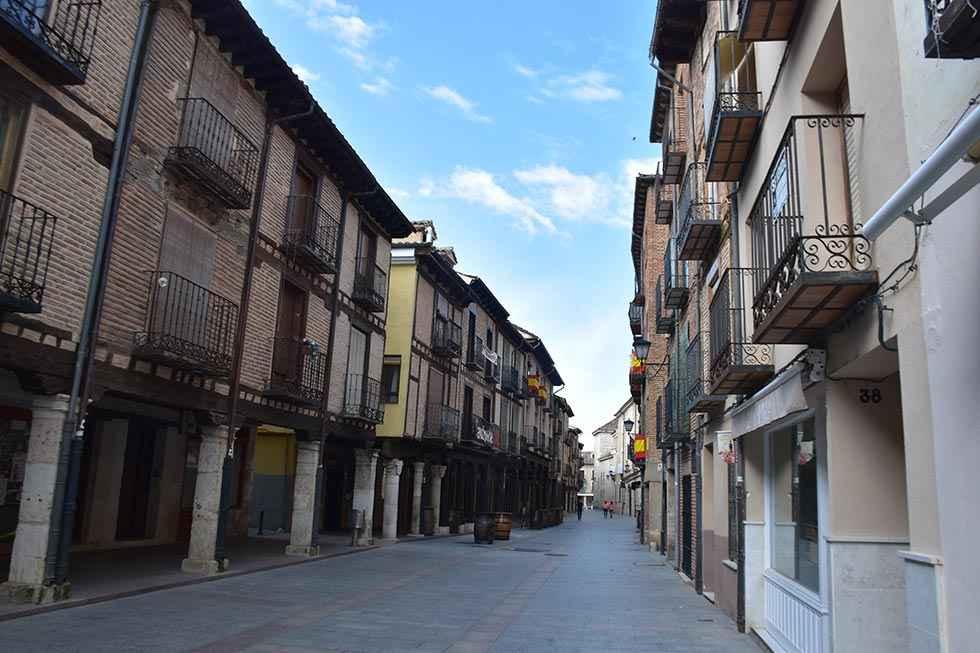 Alonso repasa evolución urbanística de El Burgo