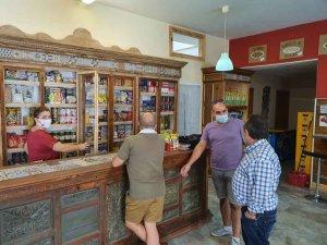 Seis establecimientos multiservicios abren sus puertas