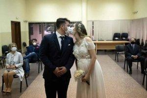 El confinamiento incentiva los compromisos matrimoniales