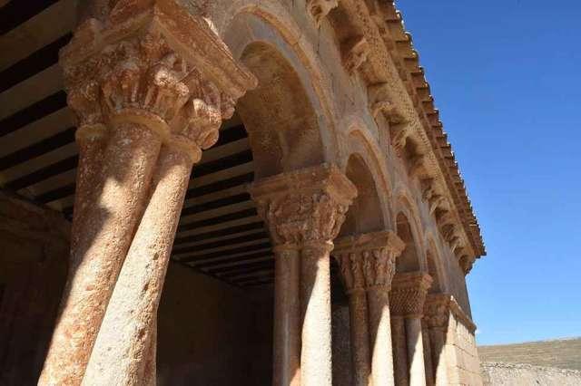 Caracena: iglesia de San Pedro - fotos