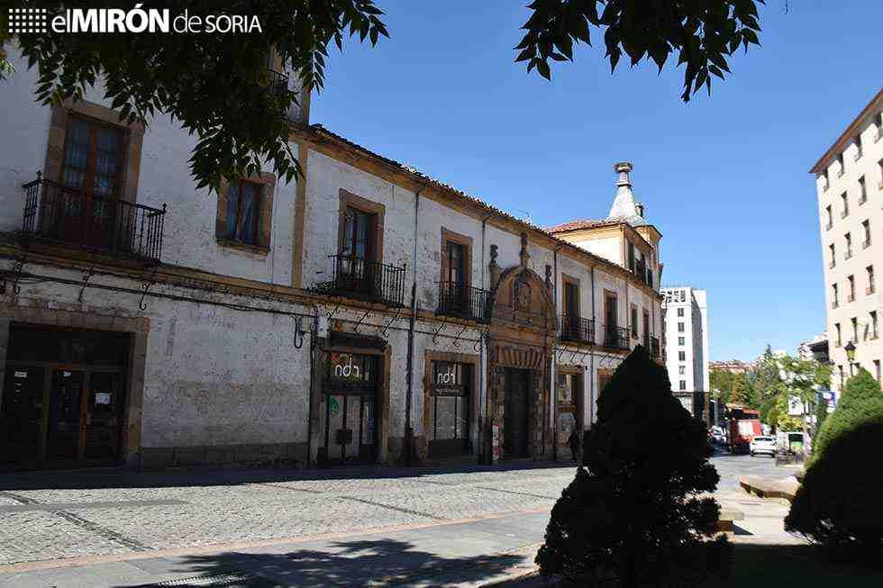El PP insiste: luz y taquígrafos en palacio de Alcántara