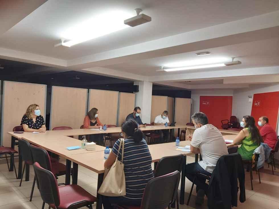 El PSOE no percibe reducción de ratios de alumnos