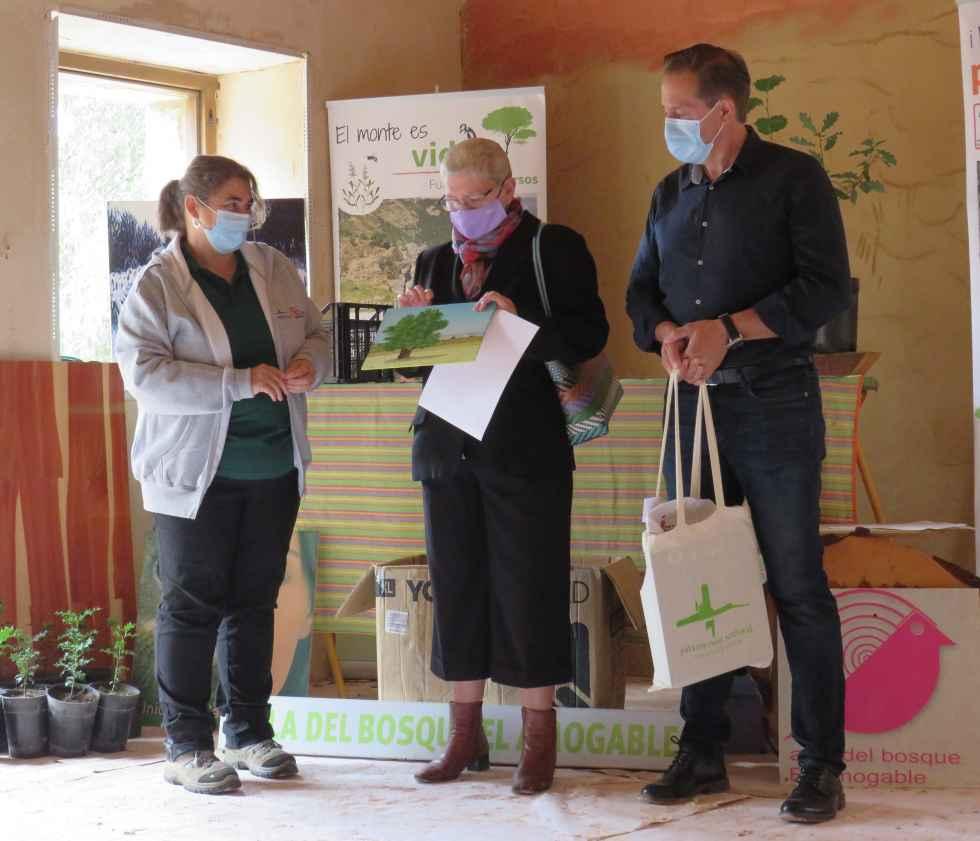 Entrega de premios en el Aula del Bosque