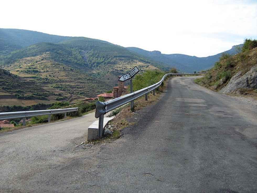 Apertura al tráfico de tramo de carretera a Montenegro