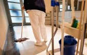 El Ayuntamiento refuerza limpieza de centros educativos