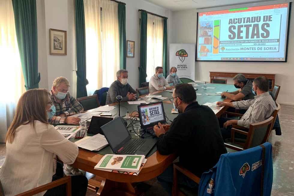 """""""Montes de Soria"""" suma asociados a su acotado micológico"""