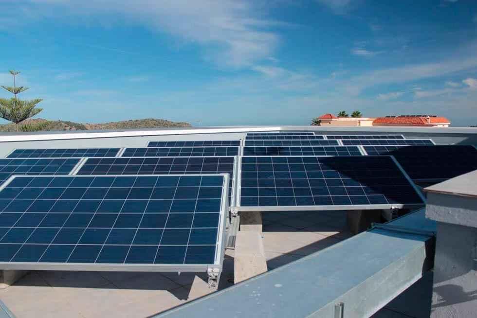 La Comunidad avanza en autoconsumo de energía solar