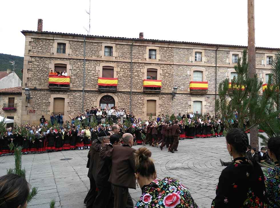 La cofradía del Pino y San Roque, premio Colodra