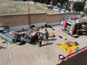 Los bomberos se forman en rescate de accidentes