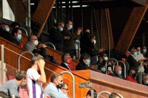 Setecientos aficionados presencian primera victoria numantina