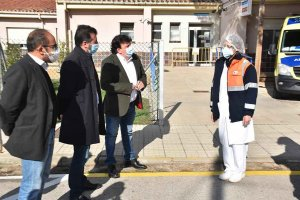 El PSOE visita el Centro de Salud de Almazán - fotos