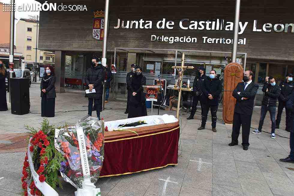 La hostelería urge ayudas para evitar su funeral