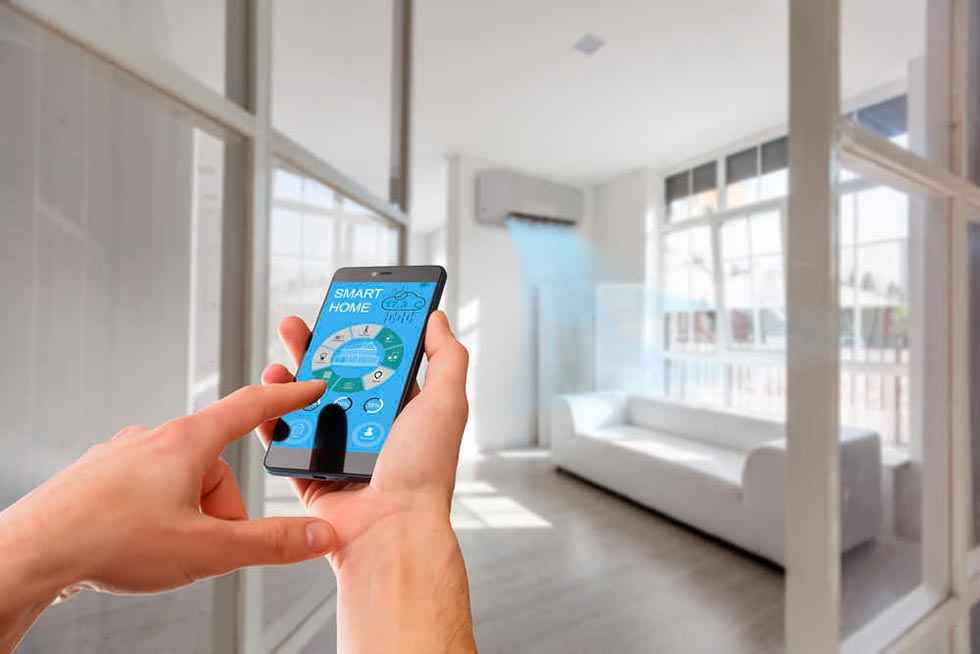 Equipamiento y uso de TIC en los hogares
