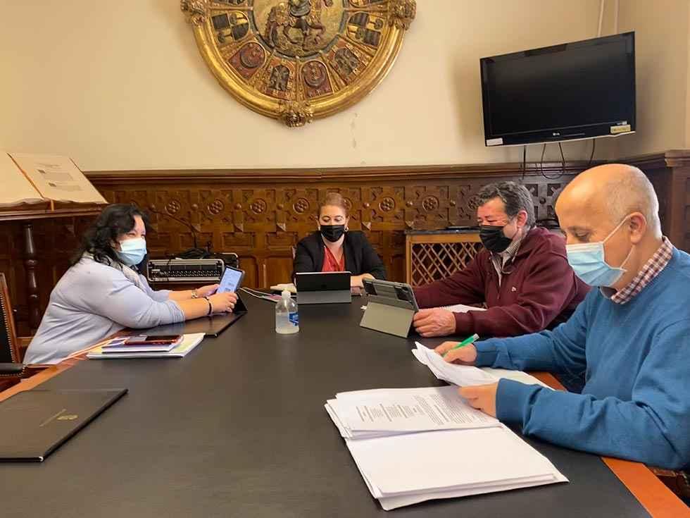 Diputación refuerza su plantilla con 42 trabajadores