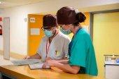 Las comunidades intervienen horarios y jornadas en Sanidad