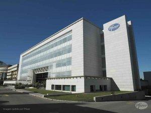 Europa firmará contrato con Pfizer para tener su vacuna