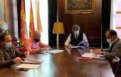 El Ayuntamiento hace participe a sindicatos de medidas sociales