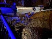 Un camión choca con parte del puente de Garray