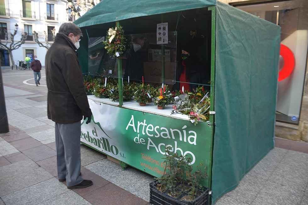 El acebo de Soria adorna la Navidad española