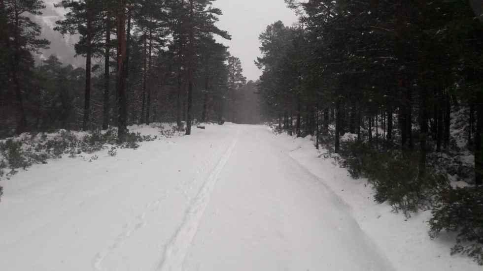 Limpieza de nieve en Santa Inés y Laguna Negra