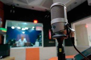 Los periodistas exigen titulados para nuevas emisoras