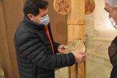 Carlos Márquez expone su artesanía en madera