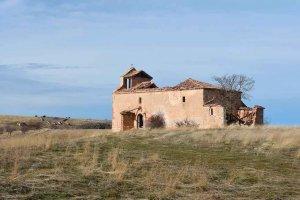 Se desmorona la iglesia de despoblado de Pozuelo