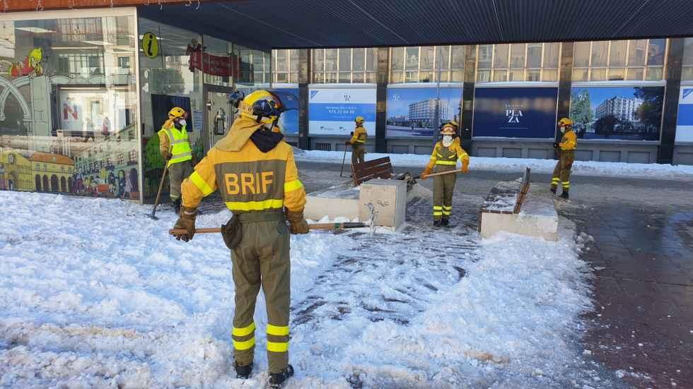La BRIF también retira hielo y nieve
