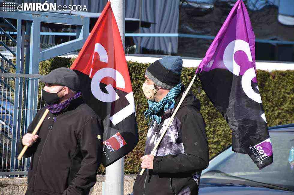 Concentración para protestar por despidos en Plásticos ABC