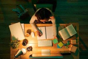 Becas de estudio sobre seguridad y salud laboral