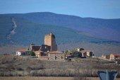 El castillo de Hinojosa de la Sierra, desde el aire
