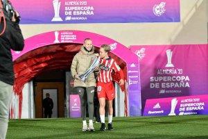 El gesto deportivo del Atleti femenino