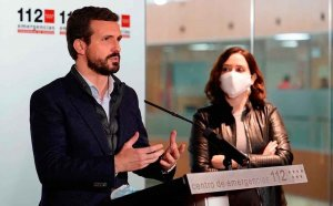 Casado pide dimisión del ministro de Sanidad