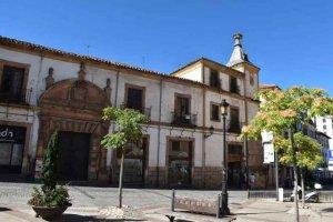 Avanza el expediente para comprar el palacio de Alcántara