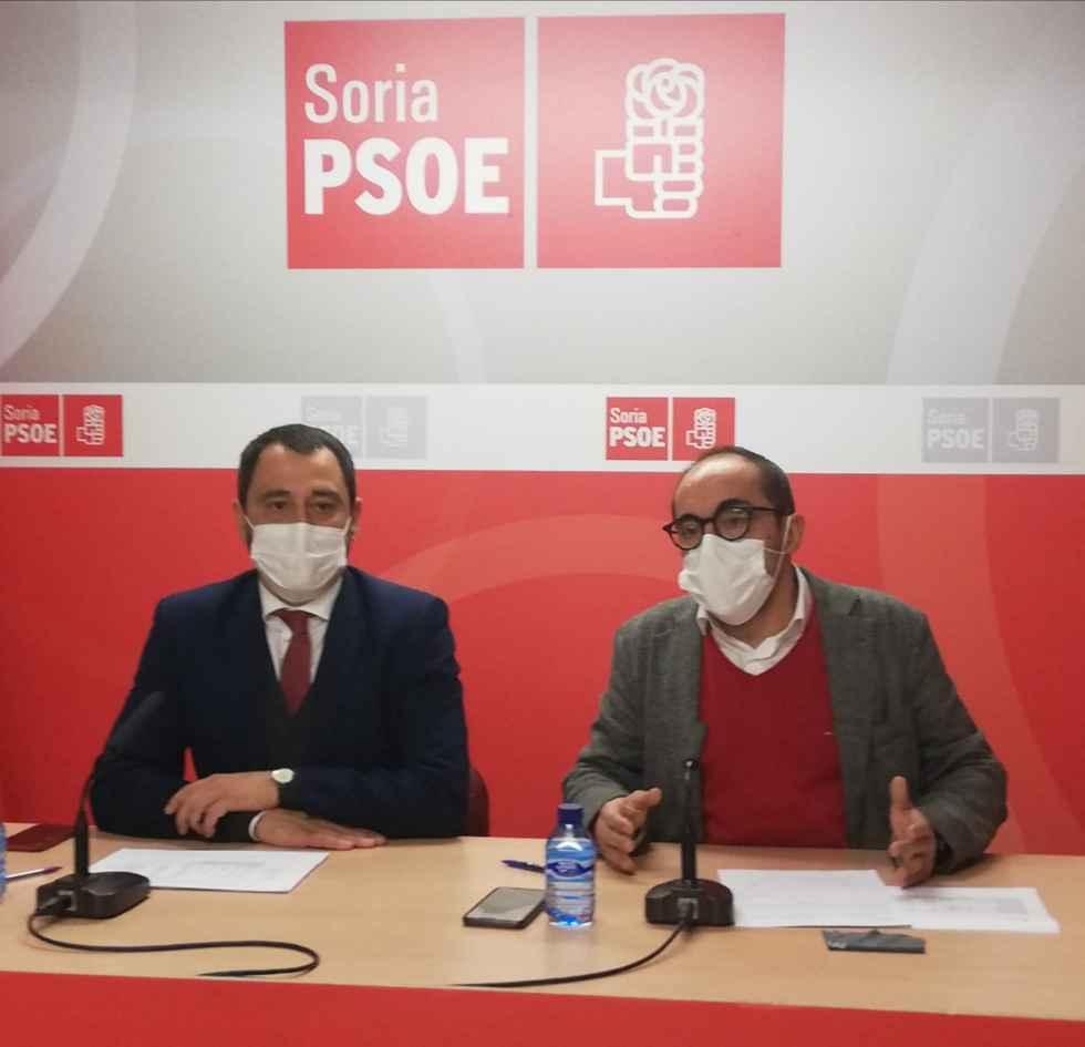 """El PSOE califica de """"limosnas"""" las ayudas de Diputación y Junta"""
